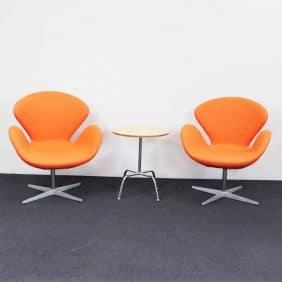 Fåtölj Svanen av Arne Jacobsen FRITZ HANSEN