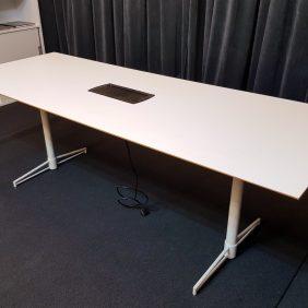 Konferensbord | JOHANSON DESIGN