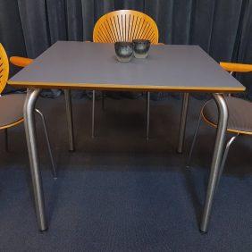 Mötesbord/Fikabord |