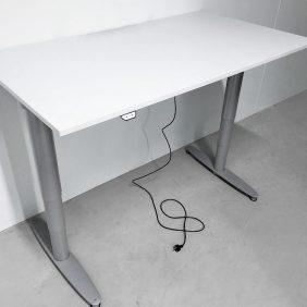 Skrivbord från Kinnarps