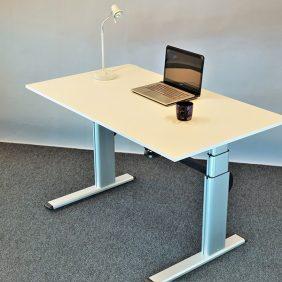 Elektriskt Höj & Sänkbart Skrivbord, STEELCASE