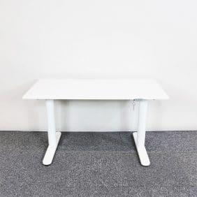 Elektriskt höj- & sänkbart skrivbord Bekant från IKEA