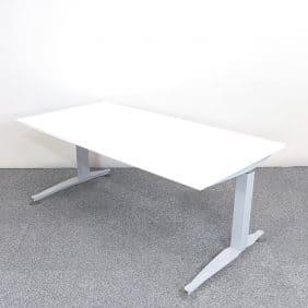 Elektriskt höj- & sänkbart Skrivbord | HERMAN MILLER