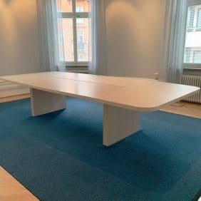 Konferensbord trä från MATERIA
