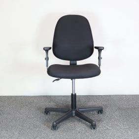 Kontorsstol i svart från Officeline