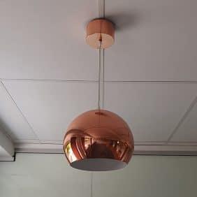 Taklampa från Kenwell i Koppar