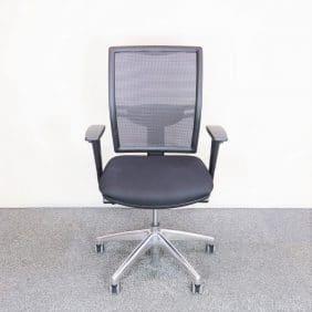Kontorsstol i svart från Bejot