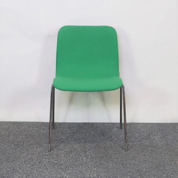 Mötesstol Cornflake i grönt från Offecct