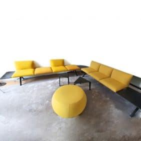 Komplett väntrum i gult från Arper