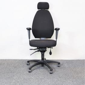 Kontorsstol EFG i svart med nackstöd
